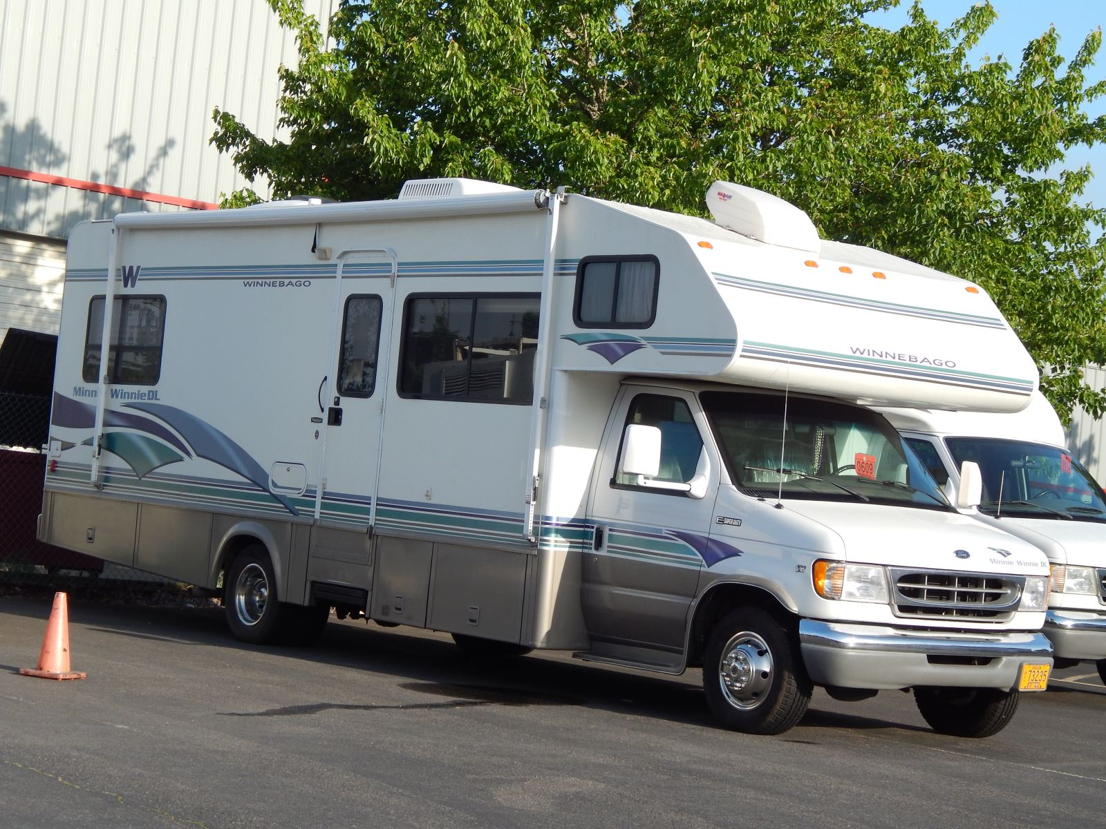 Winnebago Repair and Service | Henderson's Line-Up Brake & RV Inc.